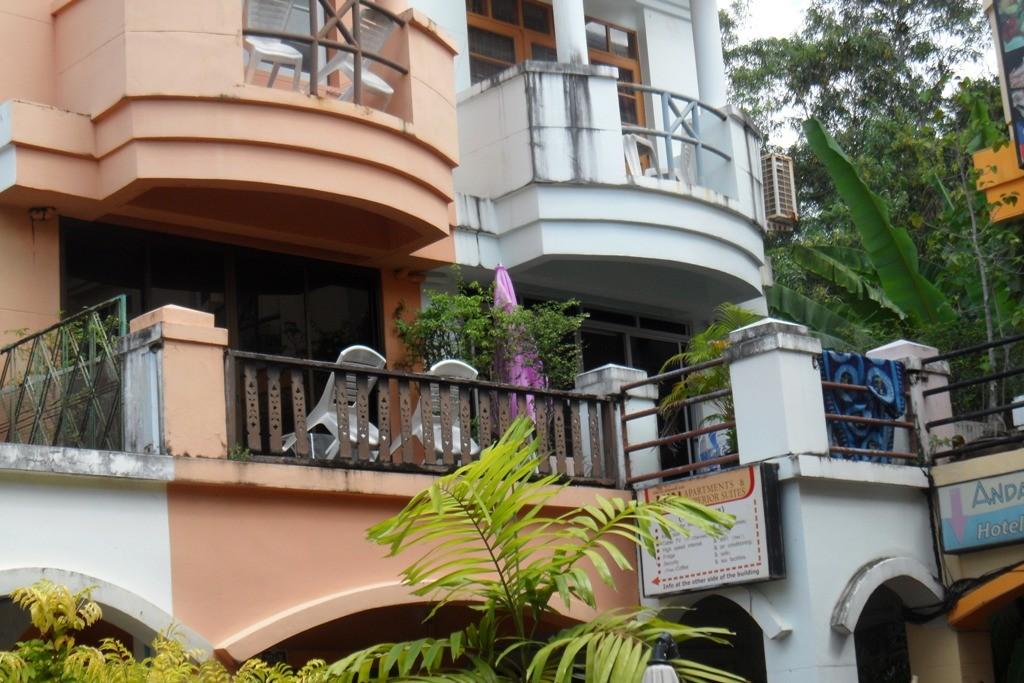 Der Linke ist mein Balkon!