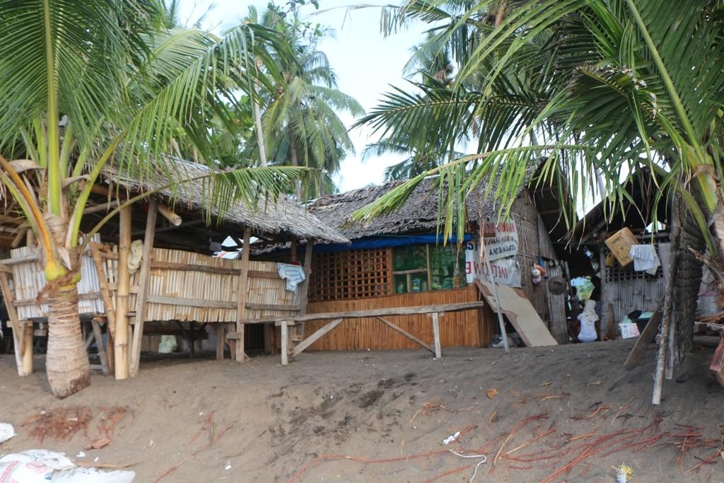 ...Teilansicht einer Fischerhütten Siedlung!
