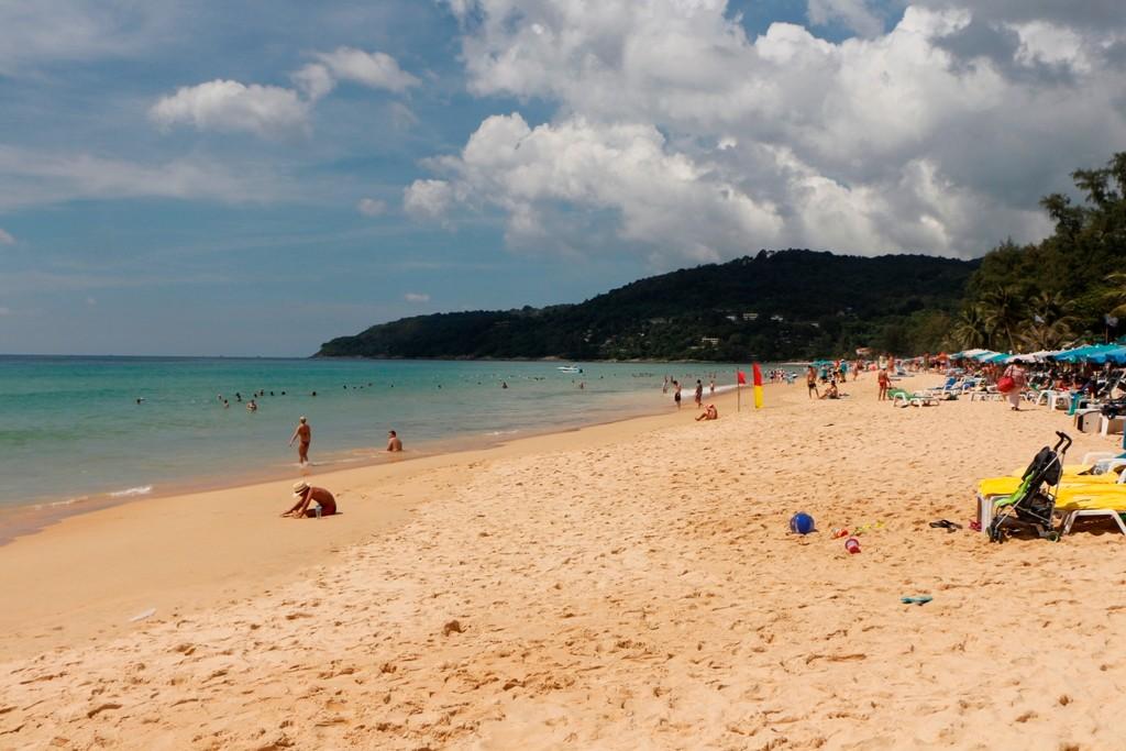 Der drei Kilometer Strand von Karon - sehr schön und nicht so überlaufen wie in Patong!