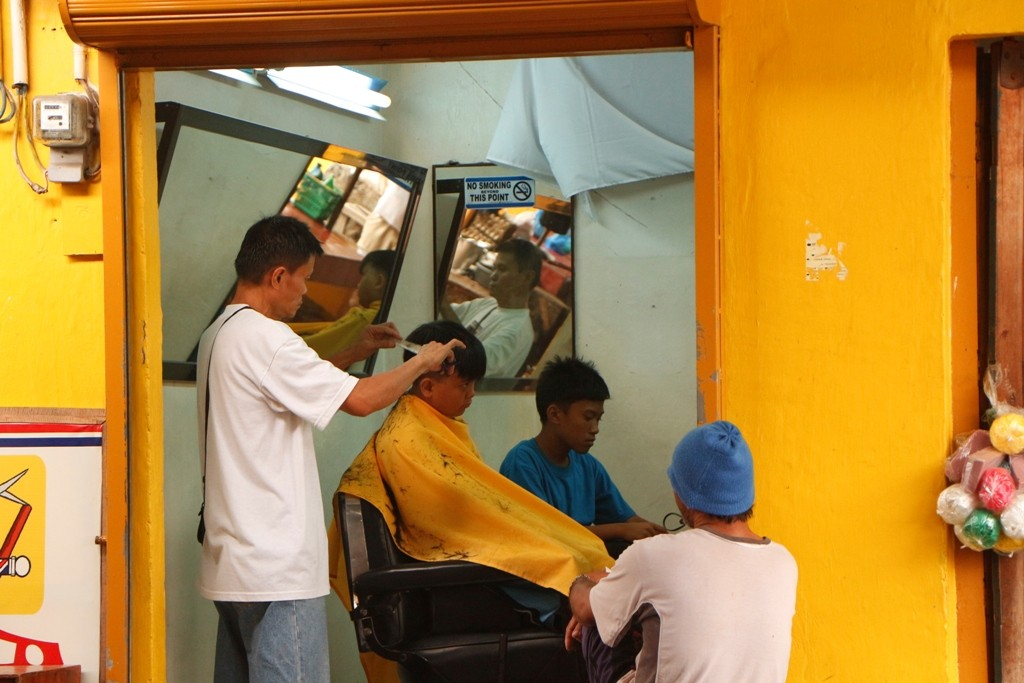 Friseure gibt es hier nicht wenige.