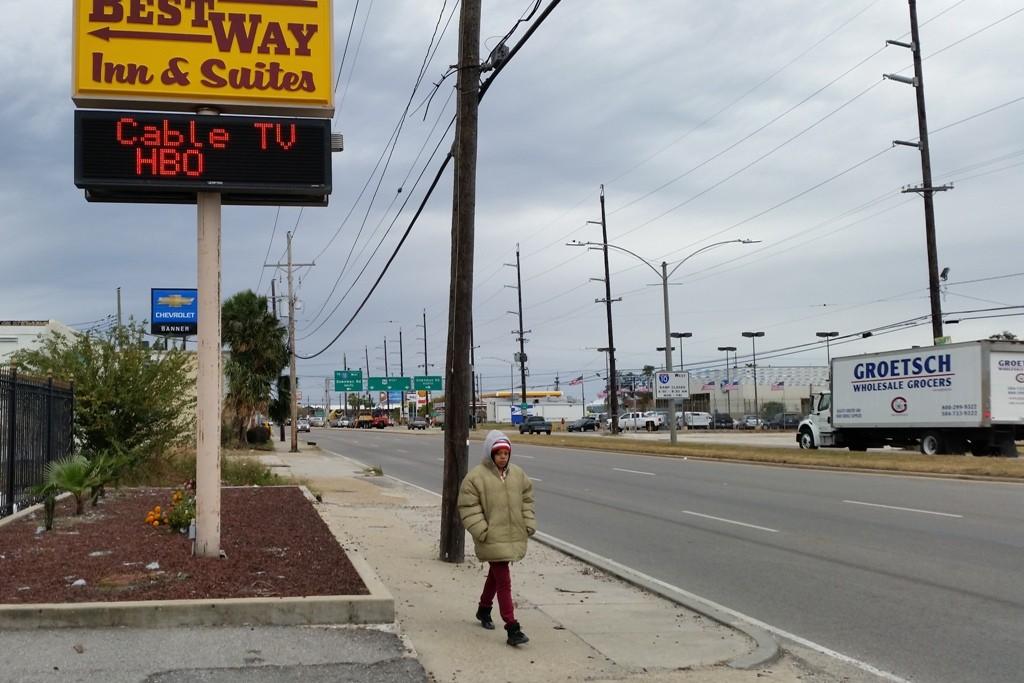 ...wir sind in New Orleans angelangt und suchen nun mit hilfe unseres Navi´s das per Handy gebuchte Motel, wir stehen davor!