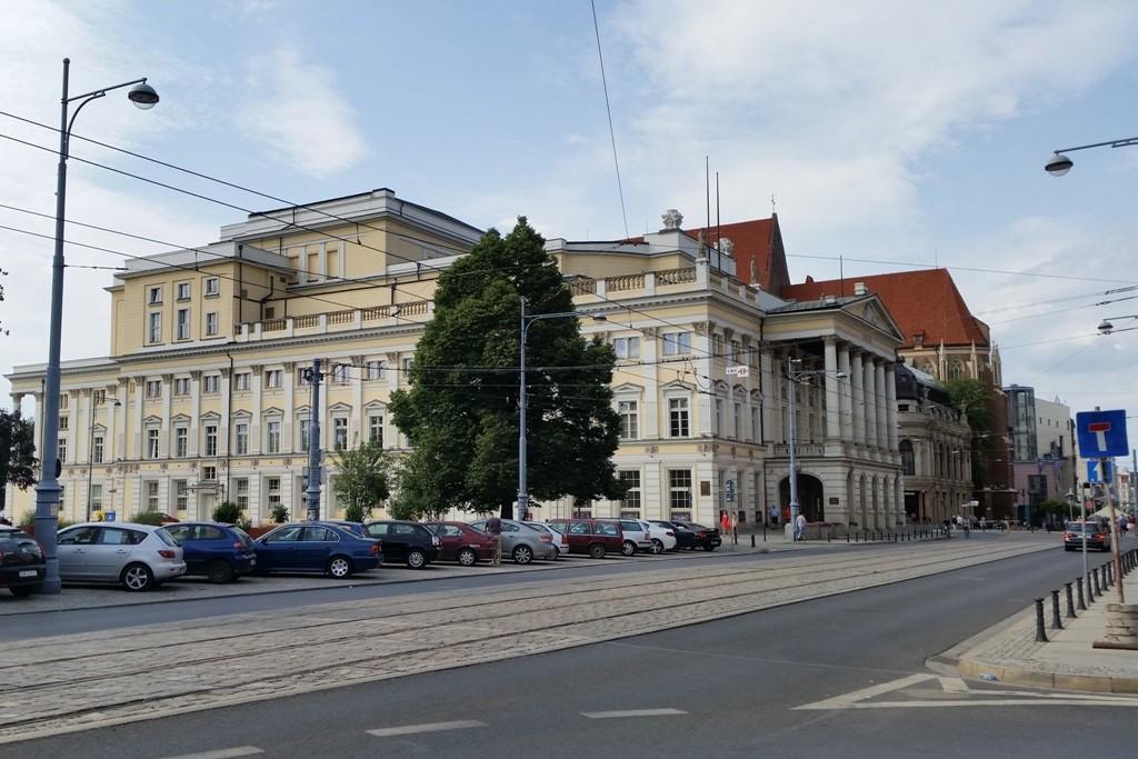 Südseite des Worclawer Opernhauses