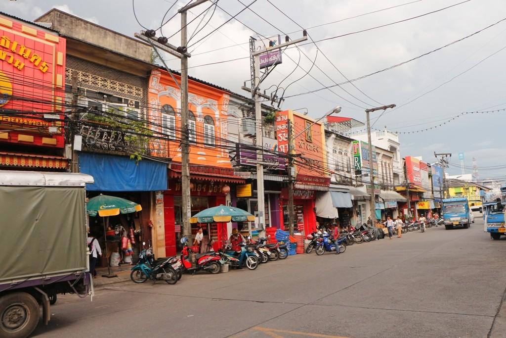 Teilansicht der Ranong Road in Phuket Town