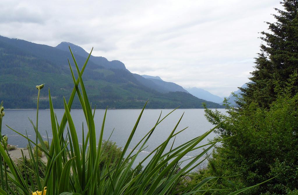 Blick auf den Kennedy Lake