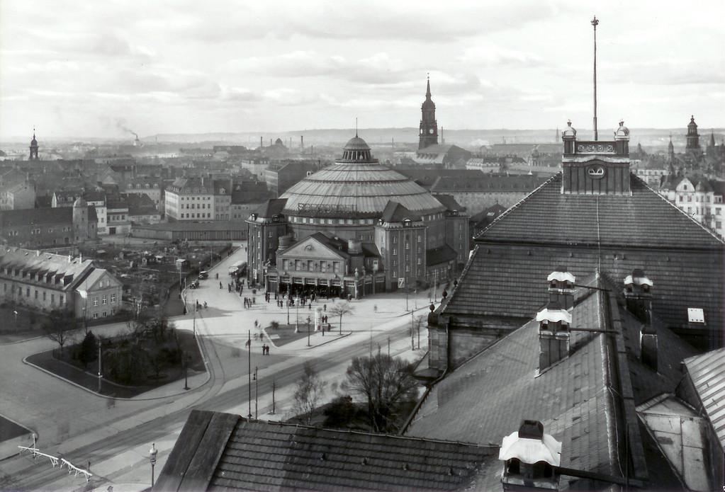 Dresden - Carolaplatz u. Zirkus Sarassani