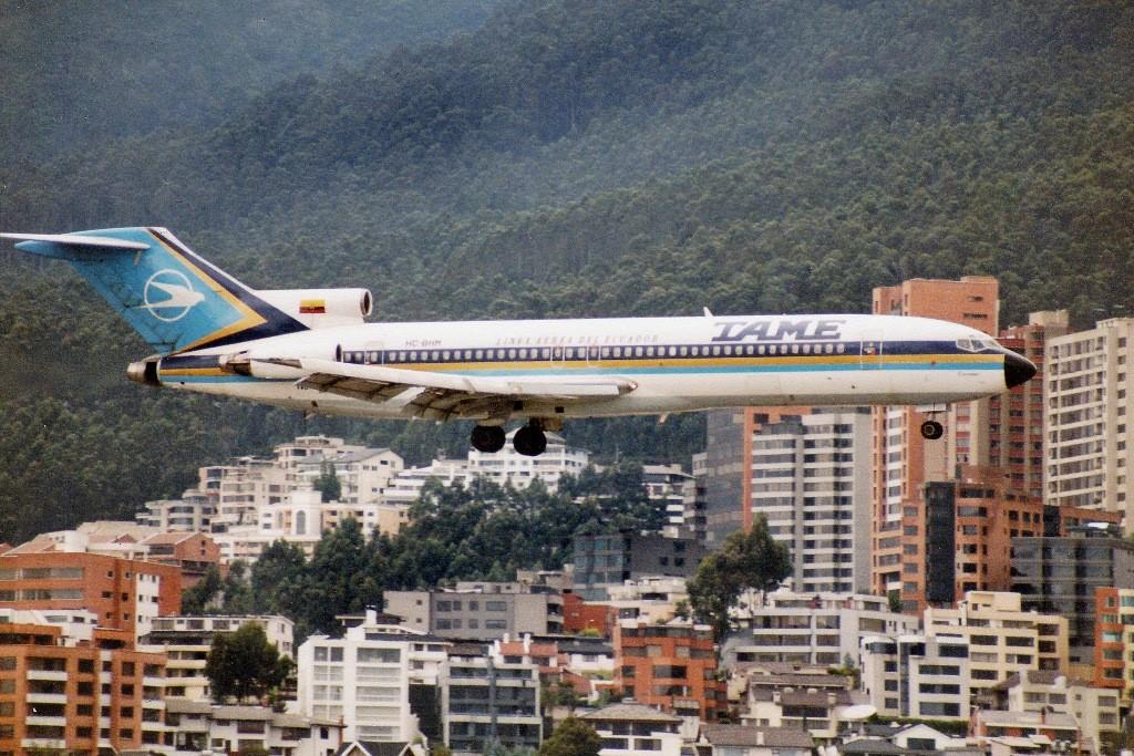 Quito-Hotel, die Flieger, denkt man, fliegen durchs Zimmer, für eine Nacht ging es!