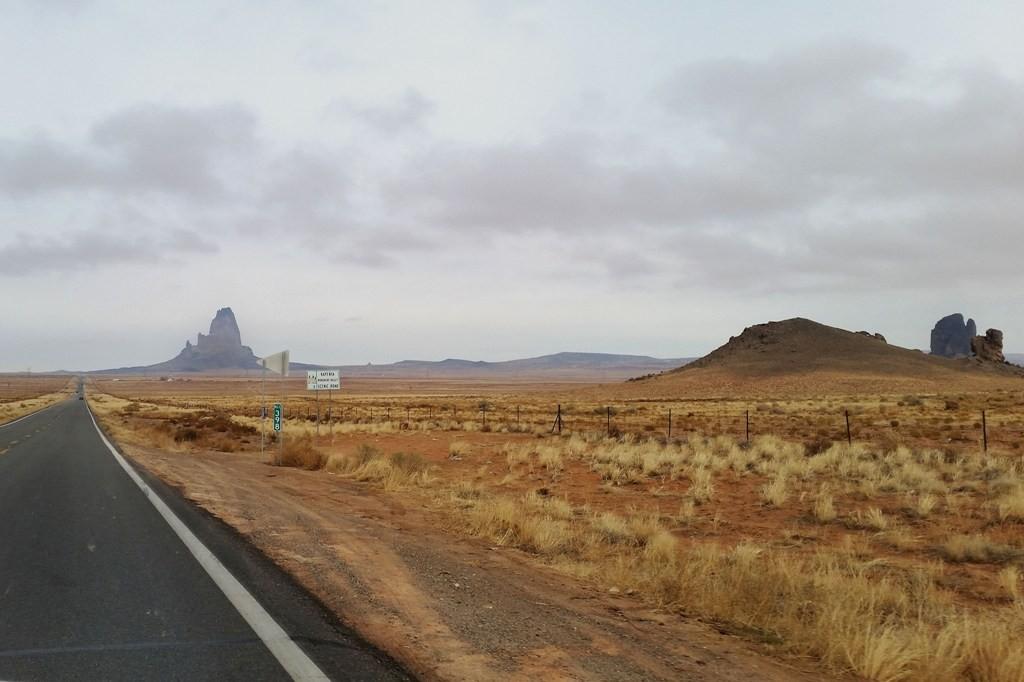 Agathla Peak, Gray Hills und Segi Mesas