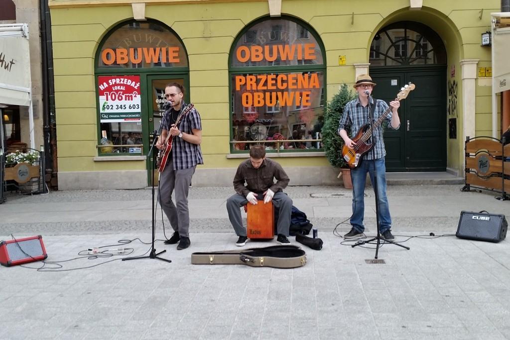 Laiengruppen, Bands und Kleinküstler geben am Sonntag auf dem Rynek Kostproben ihres Könnens ab!