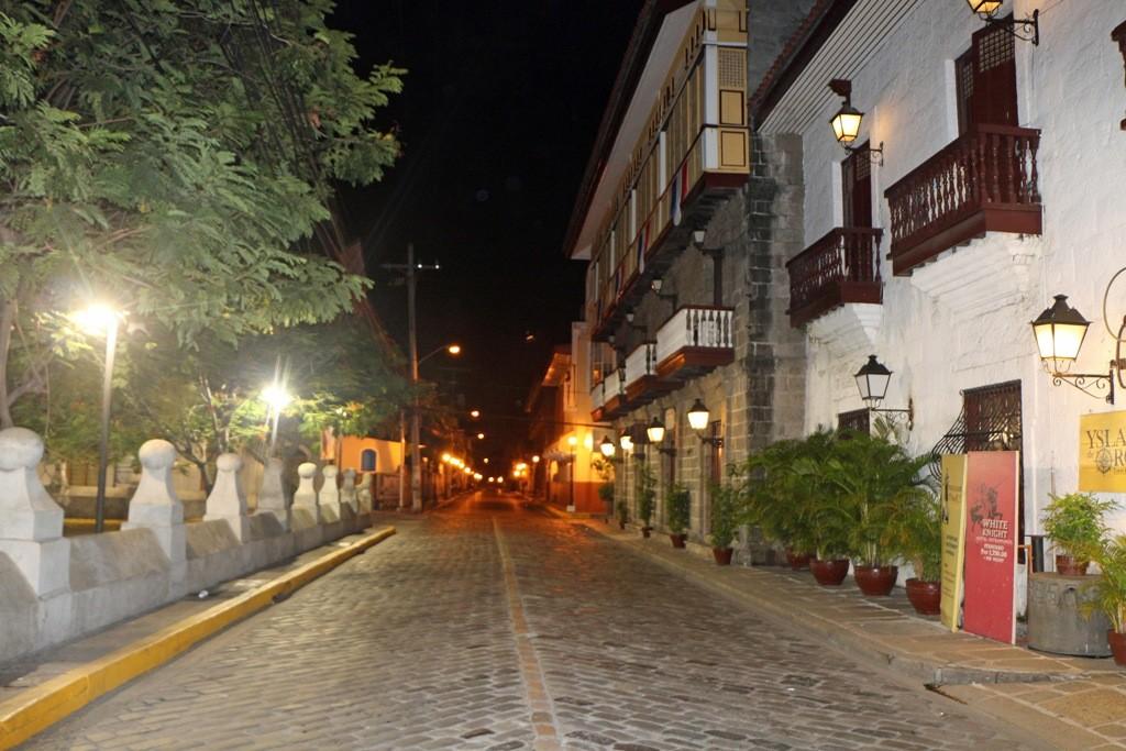 Nach Mitternacht im Stadtteil Intramuros