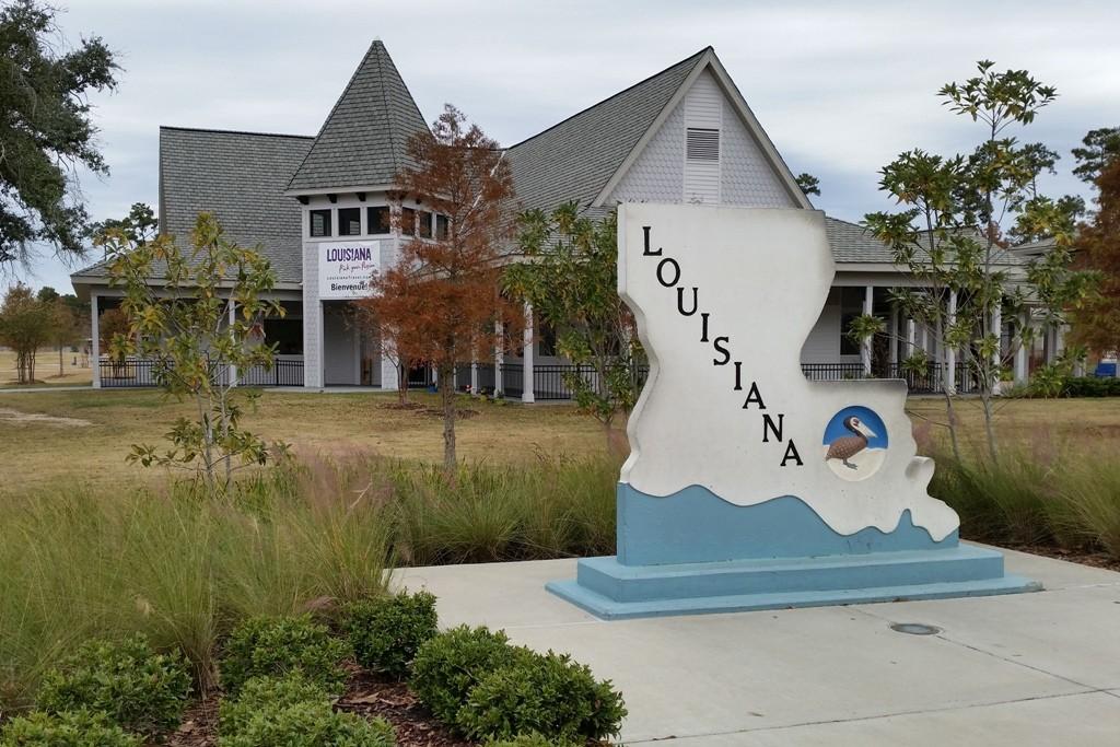 Wir machen eine kurze Rast am Welcome Center von Louisiana.