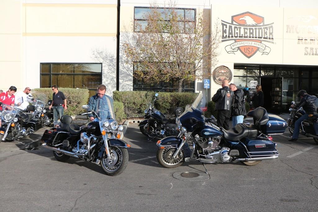 Jeder hat sich schon mit seiner Harley vertraut gemacht!
