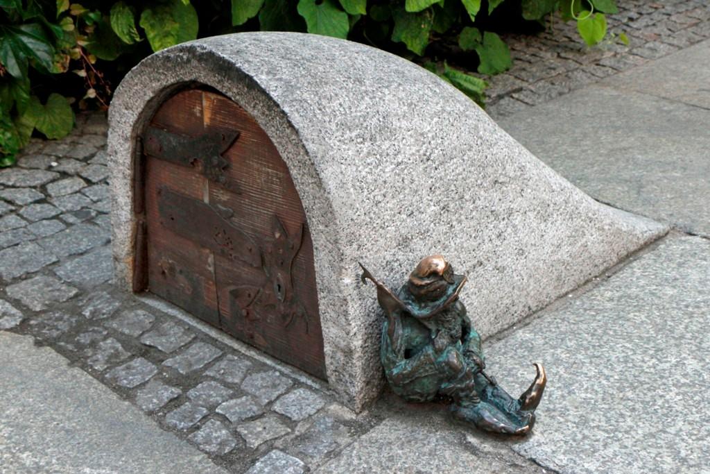 """""""Der geheime Eingang zu den Sediment Zwergen"""", so die offizielle Namensgebung!"""