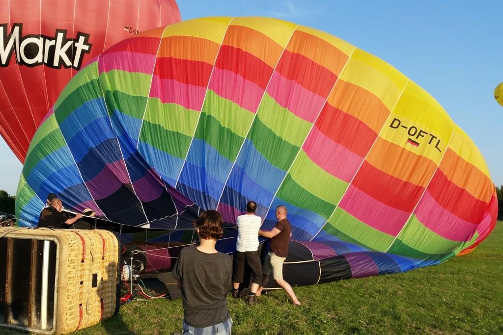 Der Rauminhalt unseres Ballon beträgt 4.250 cbm, die Gesamtoberfäche beträgt rund 1.400 qm