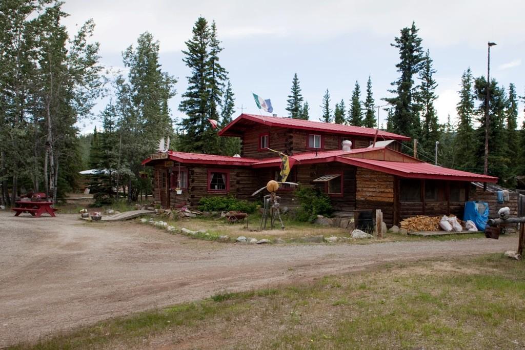 Moose Creek Lodge (Elch-Bach-Hütte), endlich wieder ein Highlight auf der Fahrt nach Dawson City