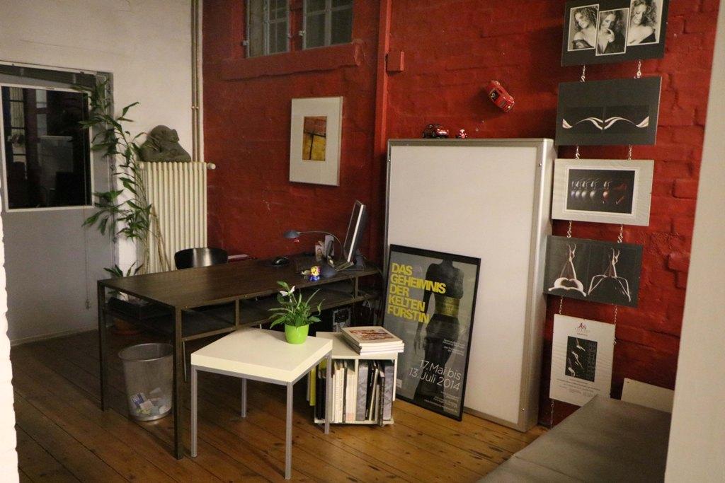 Das interne Büro von Angelika Kessler ohne sie!