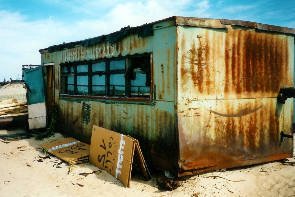 """Unser vorübergehendes Materiallager und """"Werkstattstützpunkt"""" für vor Ort Reparaturen!"""