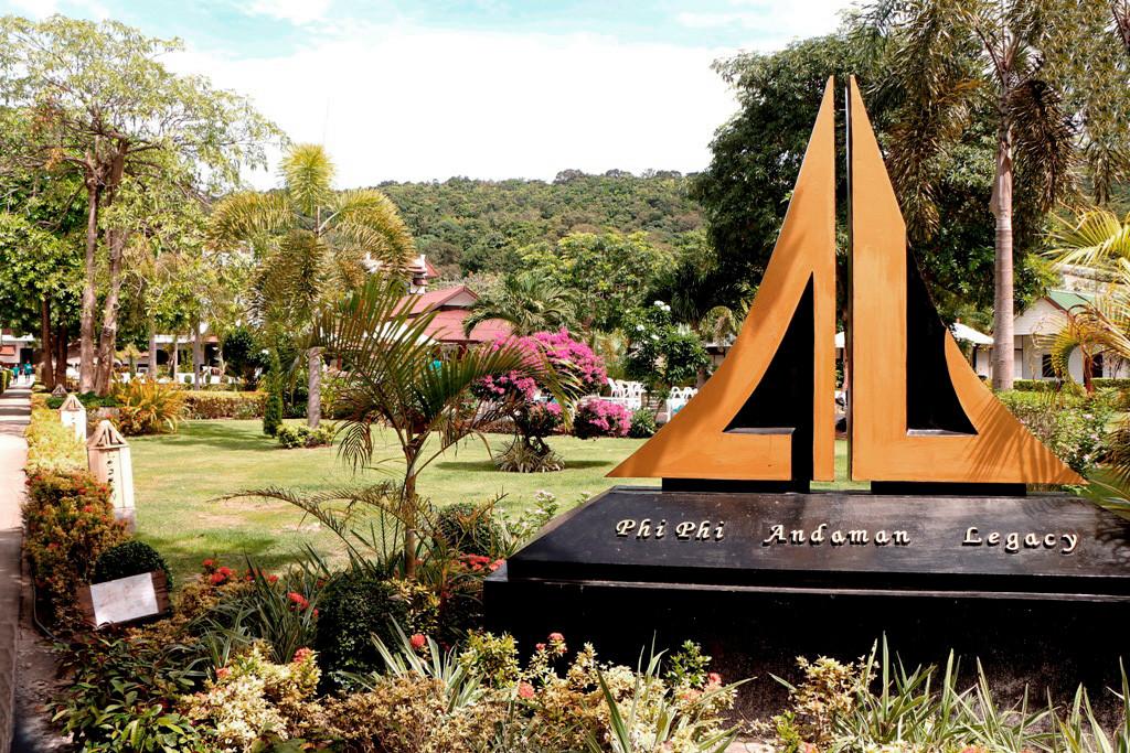 Phi Phi Andaman Legacy ist eine recht anspruchsvolle Hotelanlage, auch erst nach der Tsunamikatastrophe 2004 entstanden!