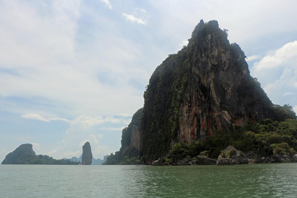 Der imposante Anblick der schroffen Kalksteinformationen beeindruckt mich enorm!