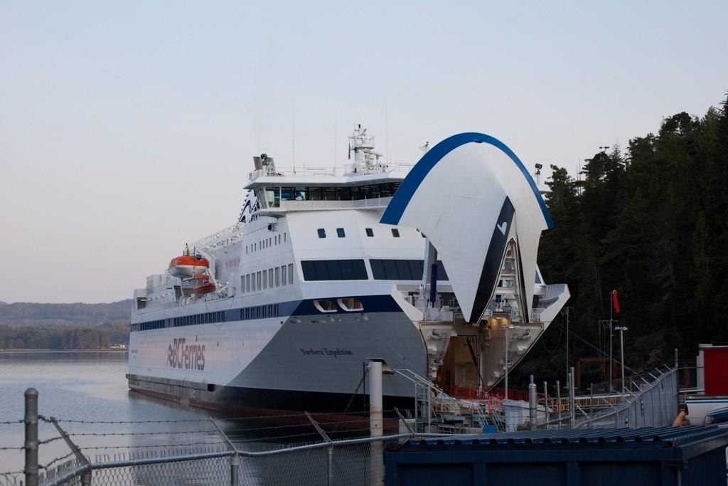 """Mit der """"Victoria"""" starten wir (7:30 Uhr) in Richtung Prince Rupert durch den kanadischen Teil der Inside Passage"""