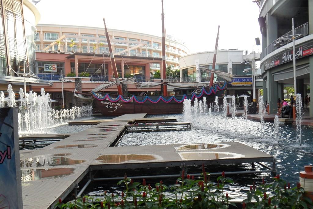 Patong City, hier pulsiert vor allem das Nachtleben (Bangla Road), mir ist es hier zu turbulent