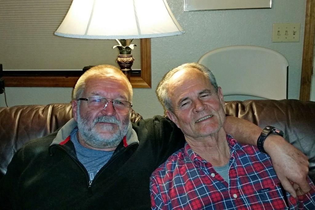 ... wie zwei Freunde, die sich schon eine Ewigkeit kennen! Don ist ein stiller Beobachter und verdammt netter Typ!