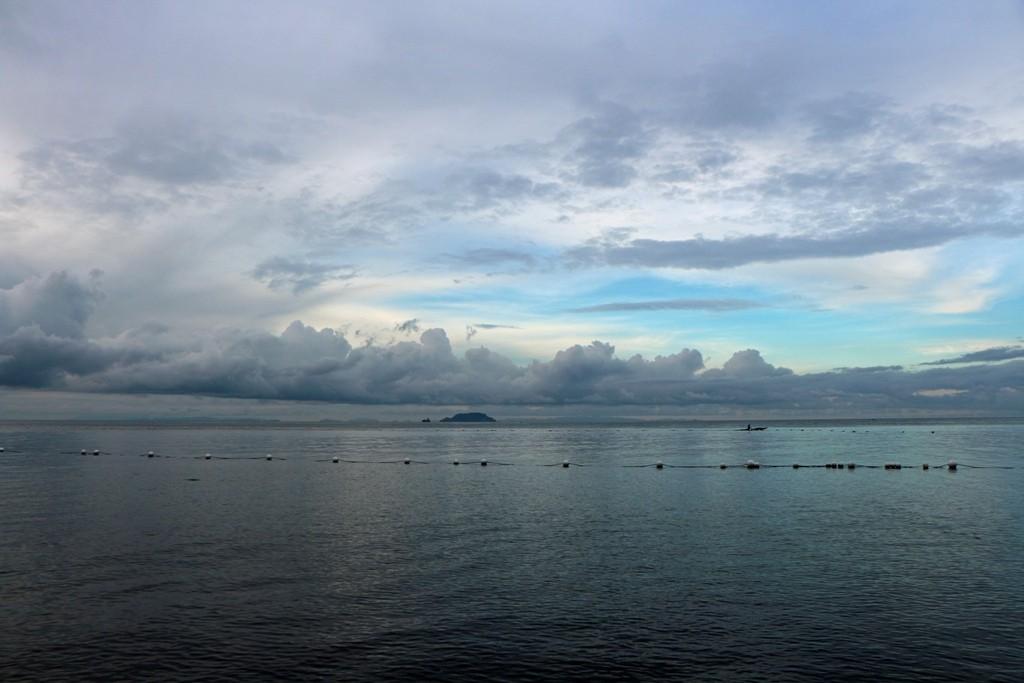 Früh morgens, der phantastische Blick auf die Bohol See