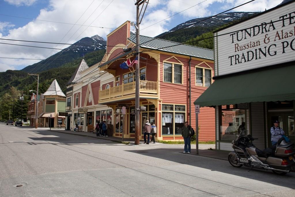 Skagway (Alaska) hat das Flair einer Western Stadt