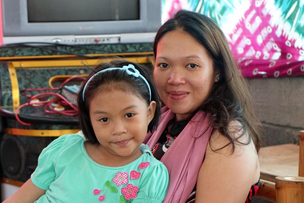 Mama und Töchterchen
