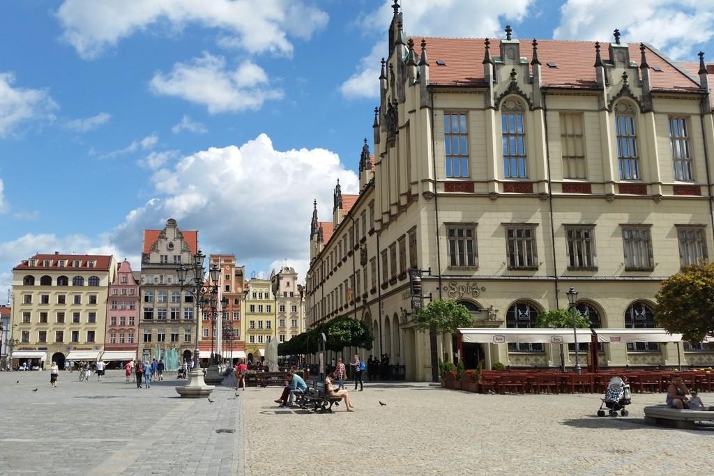 Der Rynek (Großer Ring), eines der größten Marktpätze 205 x 175 m entstand schon unter Heinrich I. um 1214 bis 1232