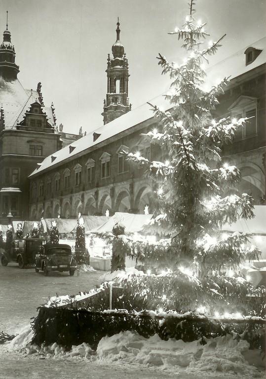 Dresden - Strietzelmarkt im Stallhof