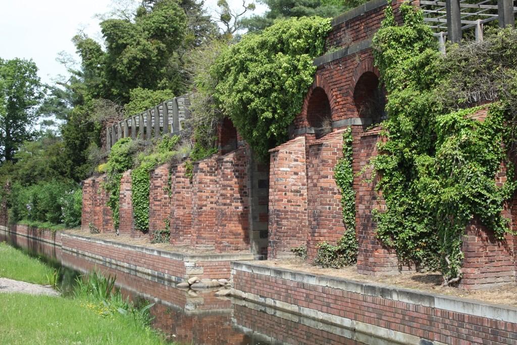 """Der zwischen 1781 und 1784 erbaute """"Eisenhart"""", ....."""
