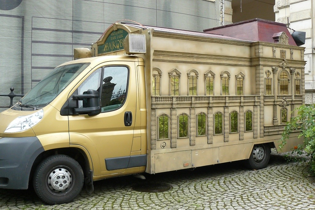 Fahrendes Puppentheater