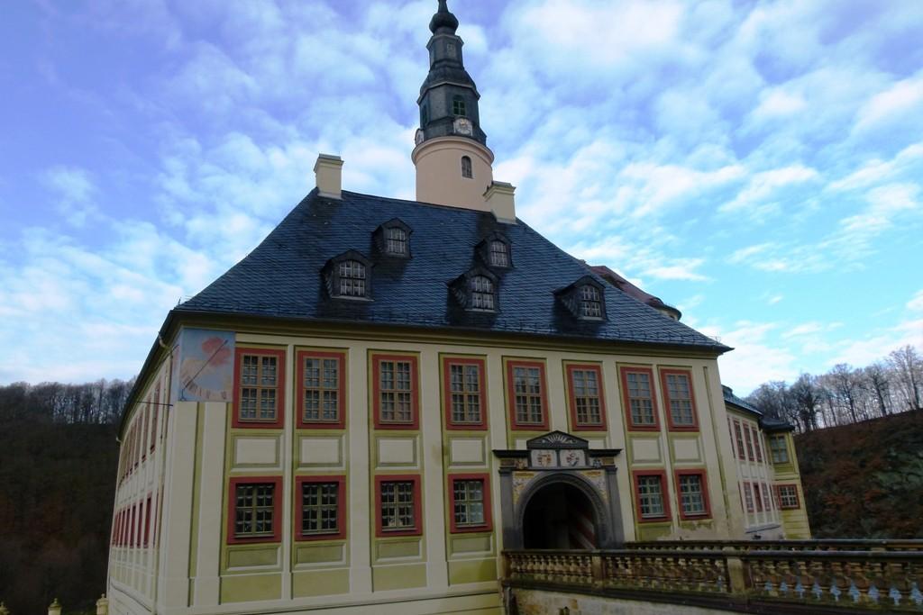Teilansicht mit Portalgebäude vom Unterschloss