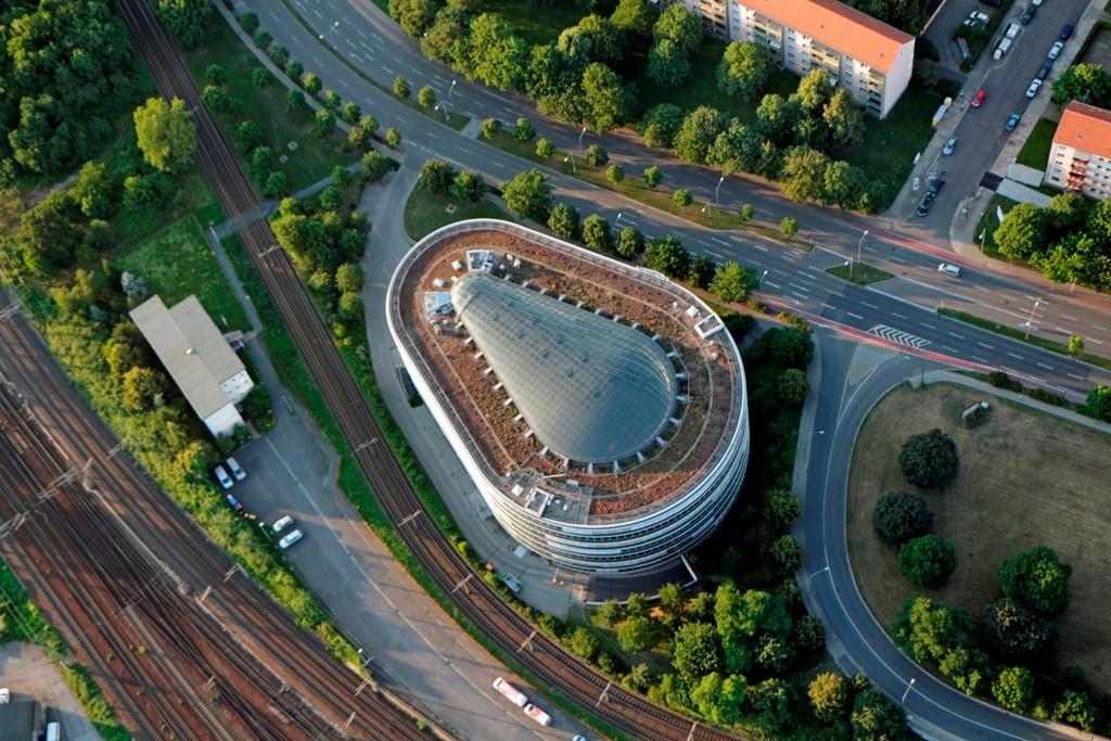 """Der """"Ammonhof"""" von oben, ein zentrumsnaher Bürocenter"""