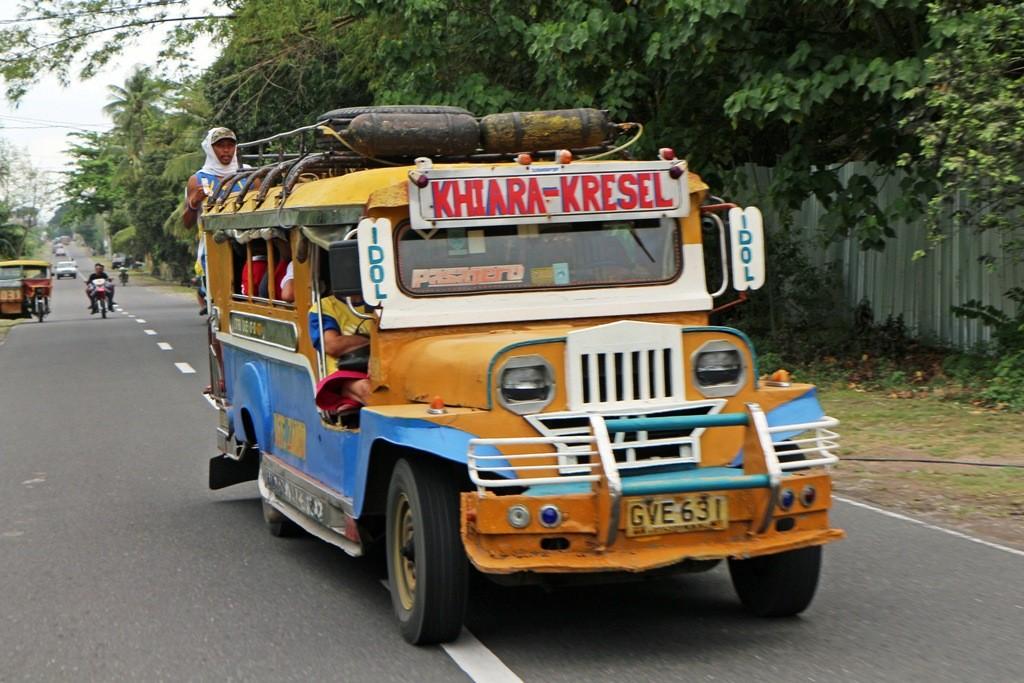 ,,,dem hier in die Hauptstadt von Negros Oriental fahren!