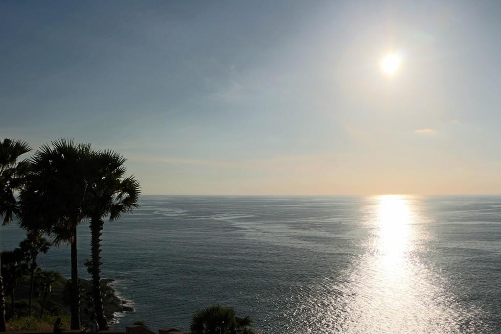 Der äquatoriale Sonnenuntergang sei hier garantiert, sagt man - doch auch diese Fotos sind sehr aufregend, einfach schön!