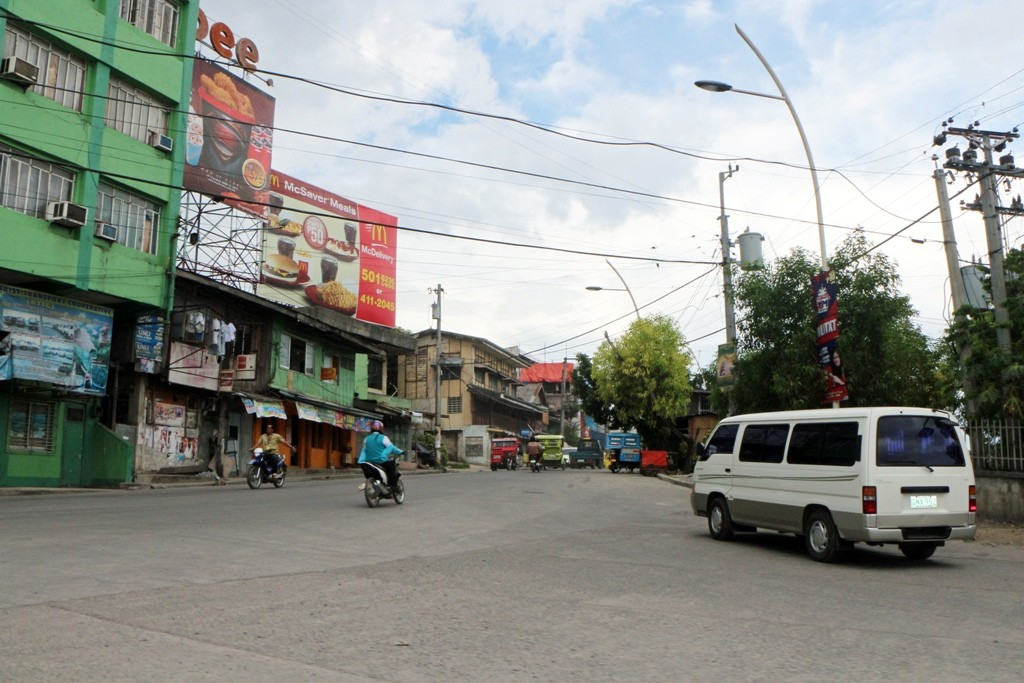 Impressionen vom Stadtverkehr in Tagbilaran...