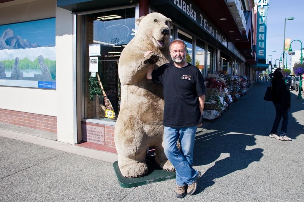 Ich möchte doch auch einmal neben einem Bären stehen!