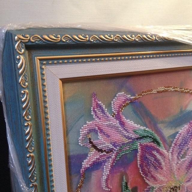 Оформление вышивки в багет с антибликовым стеклом