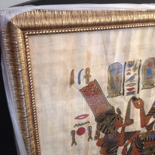 Оформление папируса в багет