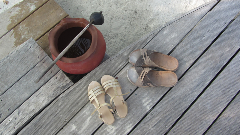 Bungalow, Füsse waschen, Strand, Malediven