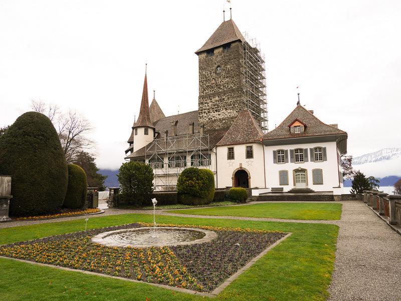 Schloss Spiez am Thunersee, Schweiz