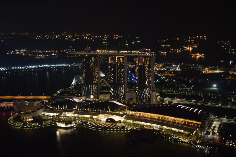 Rooftop Bar Auf dem Marina Bay Sands