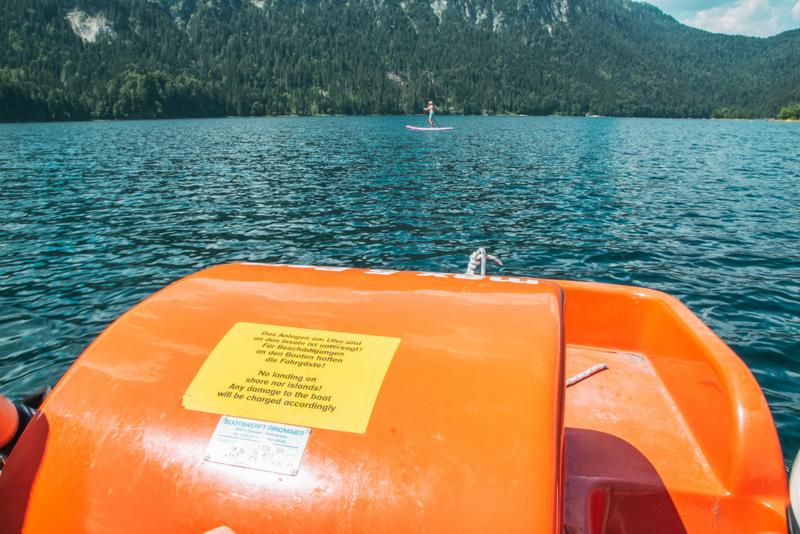 Tretboot, Eibsee, Aktivitäten auf dem Eibsee, Zugspitze, Deutschland