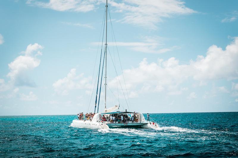 Katamaran auf dem Weg zur Isla Saona, Dominikanische Republik