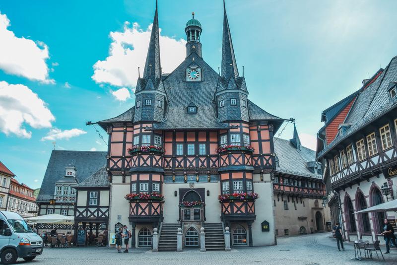 Wernigerode, Stadt im Harz, Fachwerkhäuser, Harz, Urlaub in Deutschland, Rathaus