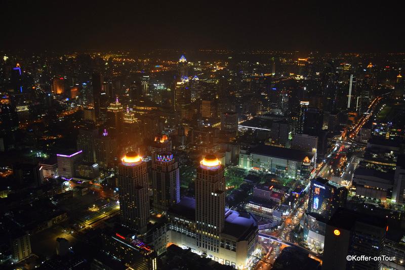 Ausblick vom Baiyoke Tower 2 über Bangkok bei Nacht