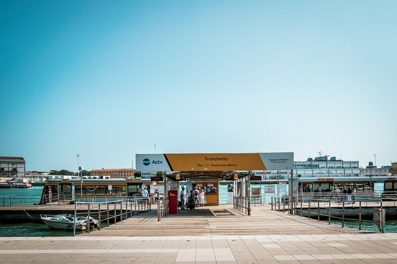 Haltestelle Tronchetto in Venedig, Parken in Venedig, Vaporetto