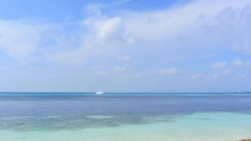 Türkis Wasser auf den Malediven