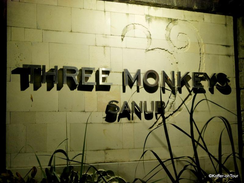 Three Monkeys Sanur, Restaurant